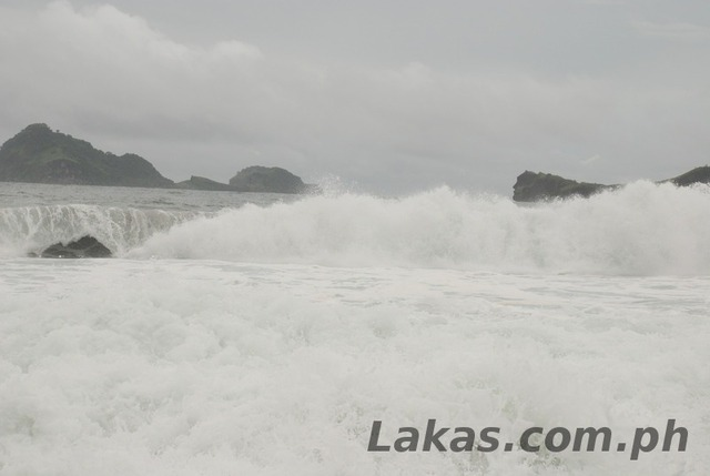 High and Strong Waves of Pundakit