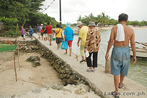 Walk to Divinubo Island Eco Tour Park from the port