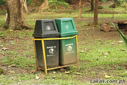 There are many trash cans/bins located inside the Ninoy Aquino Parks & Wildlife